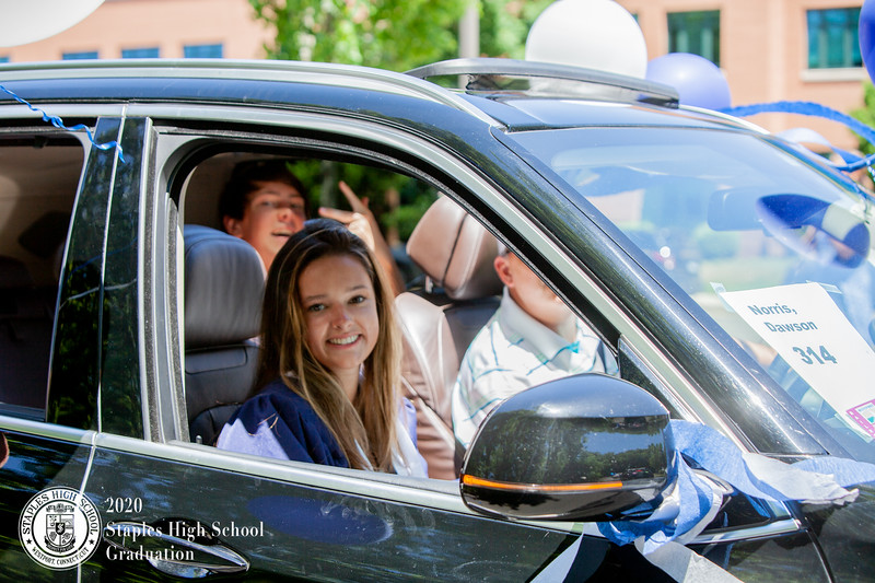 Dylan Goodman Photography - Staples High School Graduation 2020-447.jpg