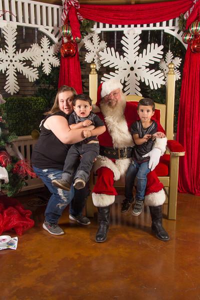 Santa 12-16-17-130.jpg