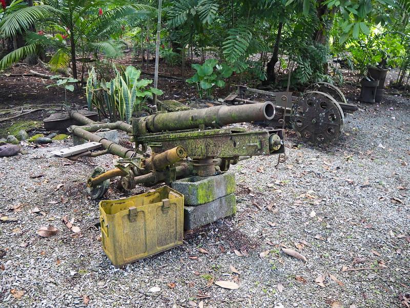PA270040-gun-parts.JPG