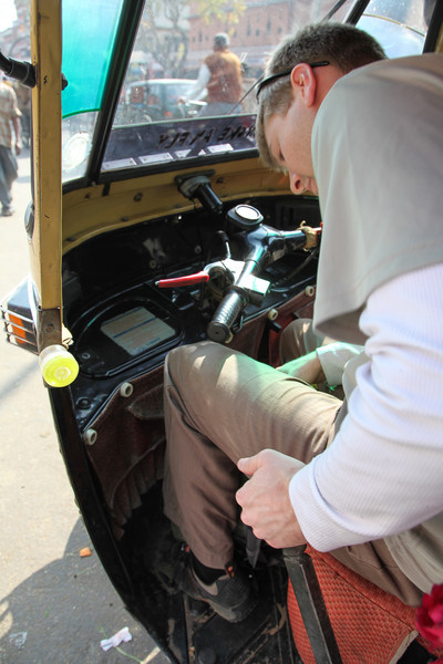 Learning how to start the auto-rickshaw