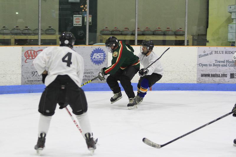 Memorial Hockey Game-91.jpg
