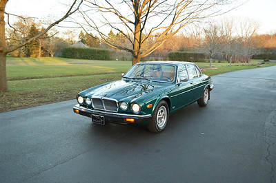 83 Jaguar XJ6 Racing Green