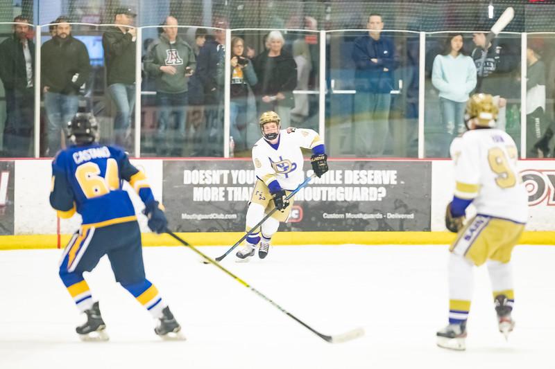Div1 Hockey v DV-_08I9970.jpg