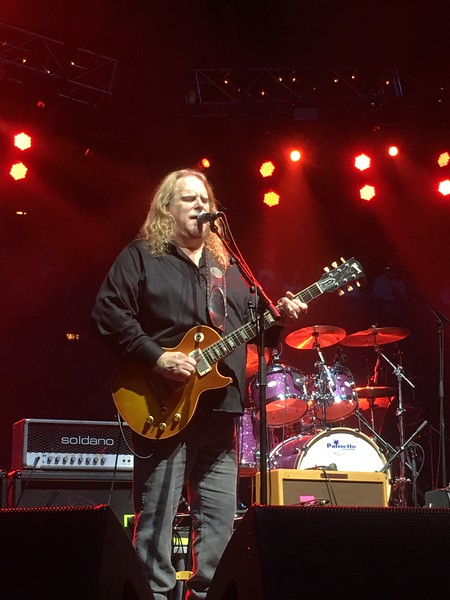 Gov't Mule and Friends at Christmas Jam 2016