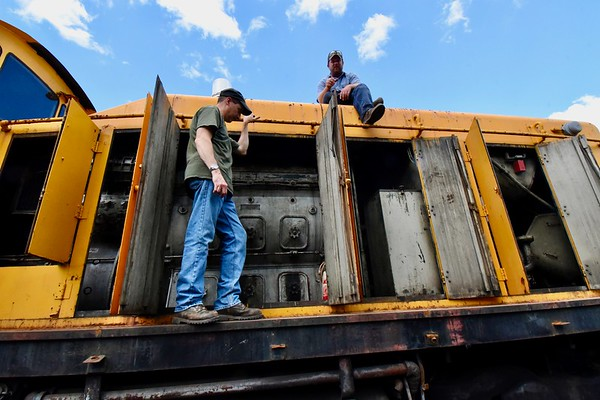 Berkshire Scenic Railway Museum restores two passenger cars