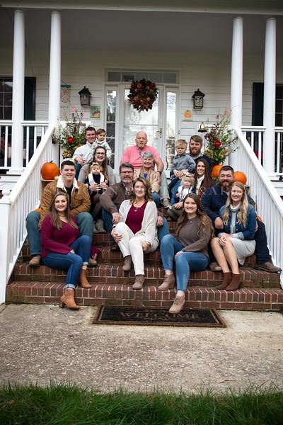 2019 November Ellis Family-57-247.jpg