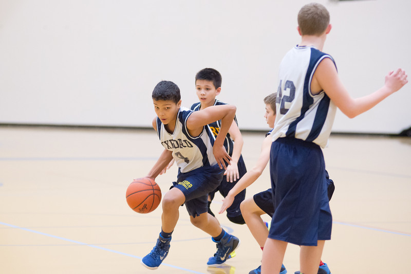 OMS BBall Blue vs OMS Gold 1 14 2015-4113.jpg
