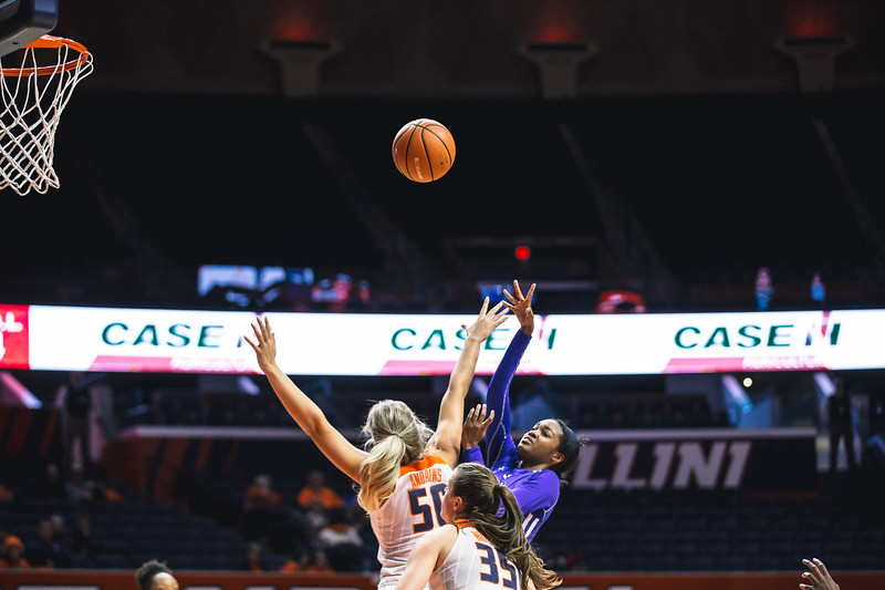 Indiana State takes on Illinois at the State Farm Center in Champaign, Illinois on December 7, 2017.