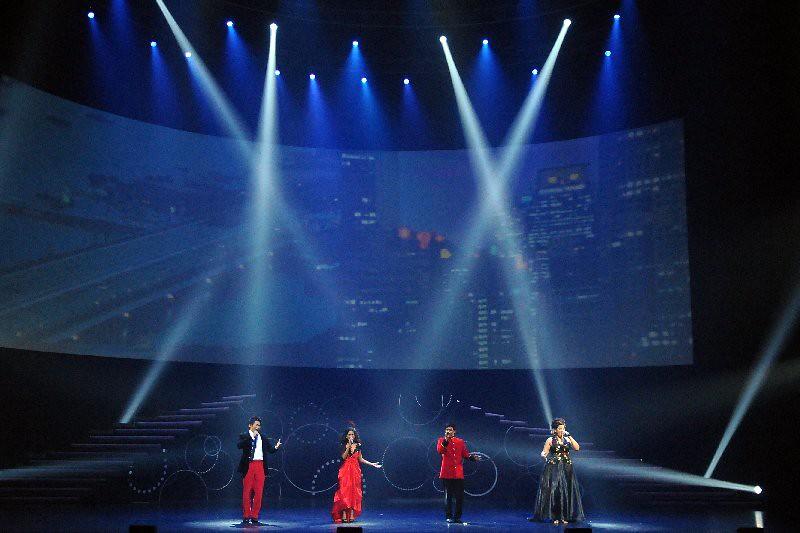 APEC Show  102.jpg