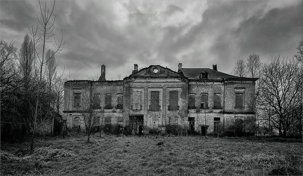 Château Tristesse