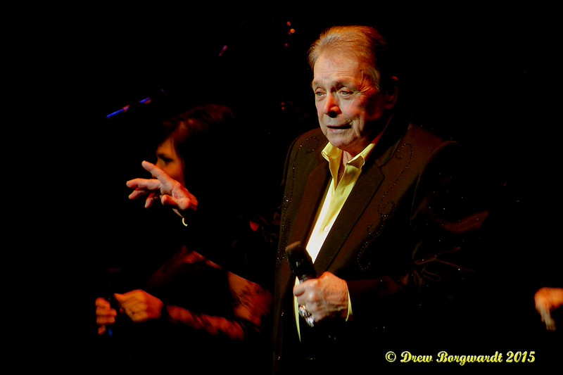 Mickey Gilley at Shoctor Theatre 092