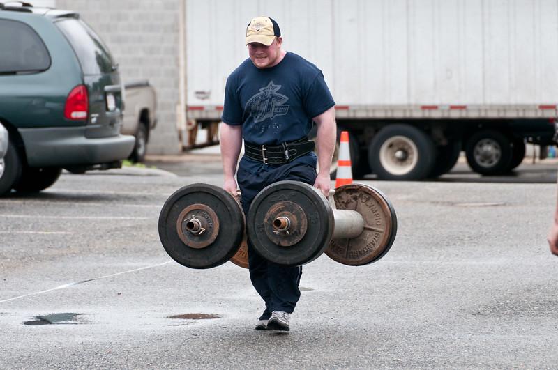Fitness Revolution Strongman Challenge 2011_ERF3578.jpg