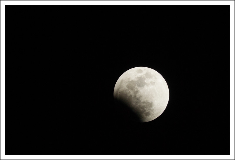 V1 moon eclipse-7626.jpg