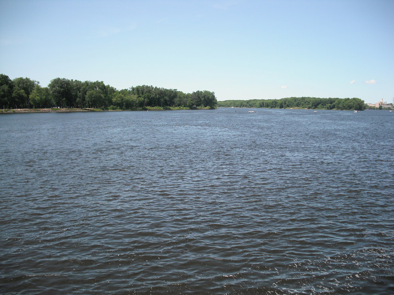 2009-07-11 The Mississippi River in La Crosse WI.JPG