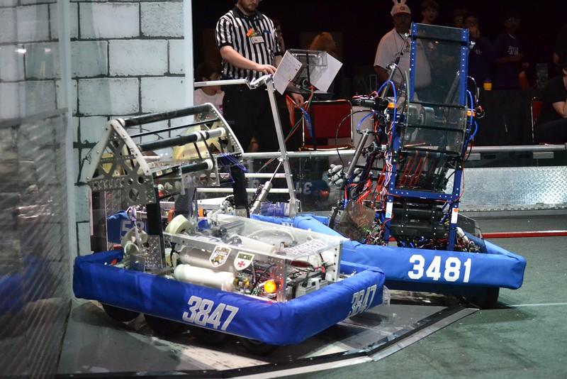 2016 FIRST Bayou Regional Robotics - Spectrum 3847 - 831