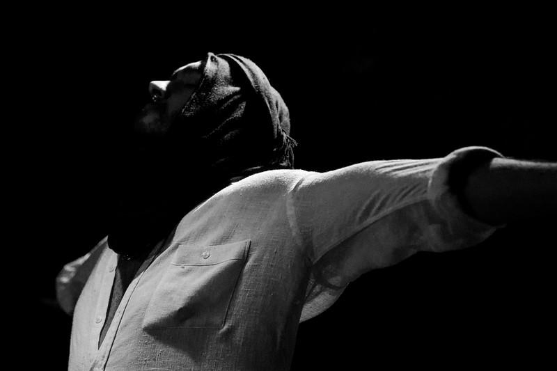 Allan Bravos - Fotografia de Teatro - Indac - Migraaaantes-496-2.jpg