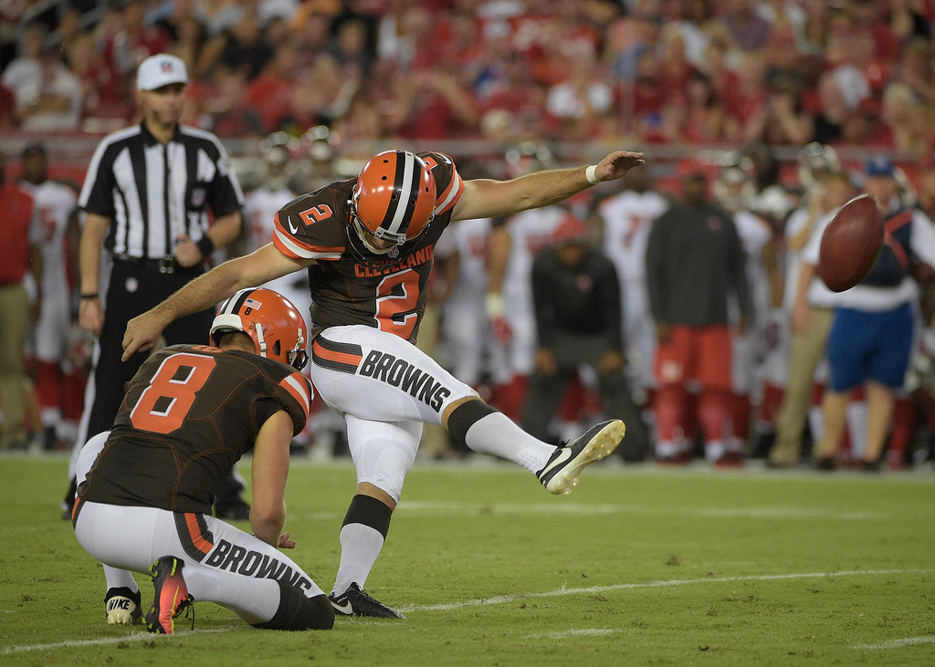 . Cleveland Browns kicker Patrick Murray (2) kicks a field goal as Andy Lee (8) holds during the first quarter of an NFL football game against the Tampa Bay Buccaneers Friday, Aug. 26, 2016, in Tampa, Fla. (AP Photo/Phelan M. Ebenhack)