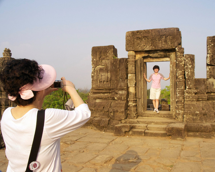 AngkorWat8x10tourismDSC_1294_2.jpg