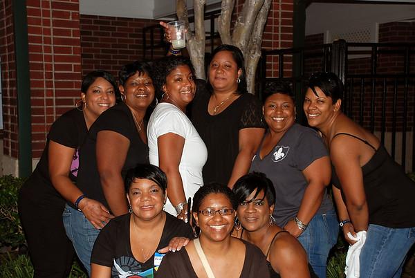 Mayon Family 09