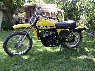 1980 PE 400