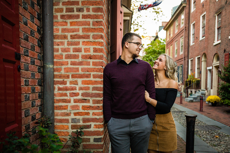 MICHELLE AND NICK - OLD CITY ENGAGEMENT SESSION - 28.jpg