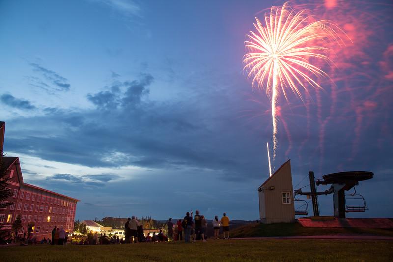 {3}Fireworks-0073.jpg