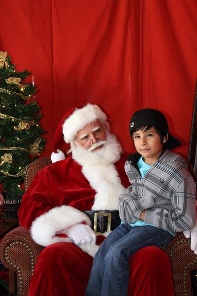 Santa Clause 27NOV2010-086.JPG