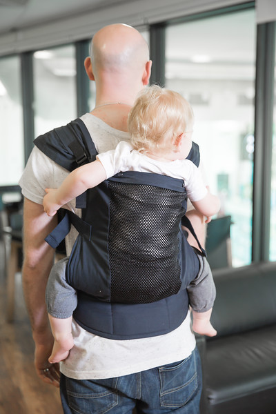 Izmi Toddler Breeze - Back Carry_18.jpg