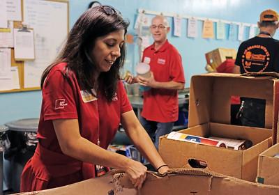 120619 AEP volunteer Coastal Bend Food Bank