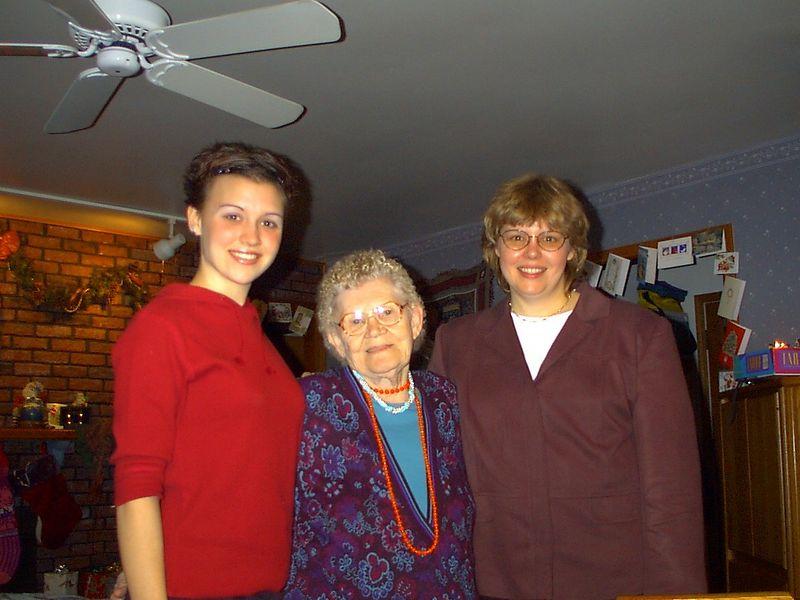 Lis_Grandma_Cheryl13.jpg