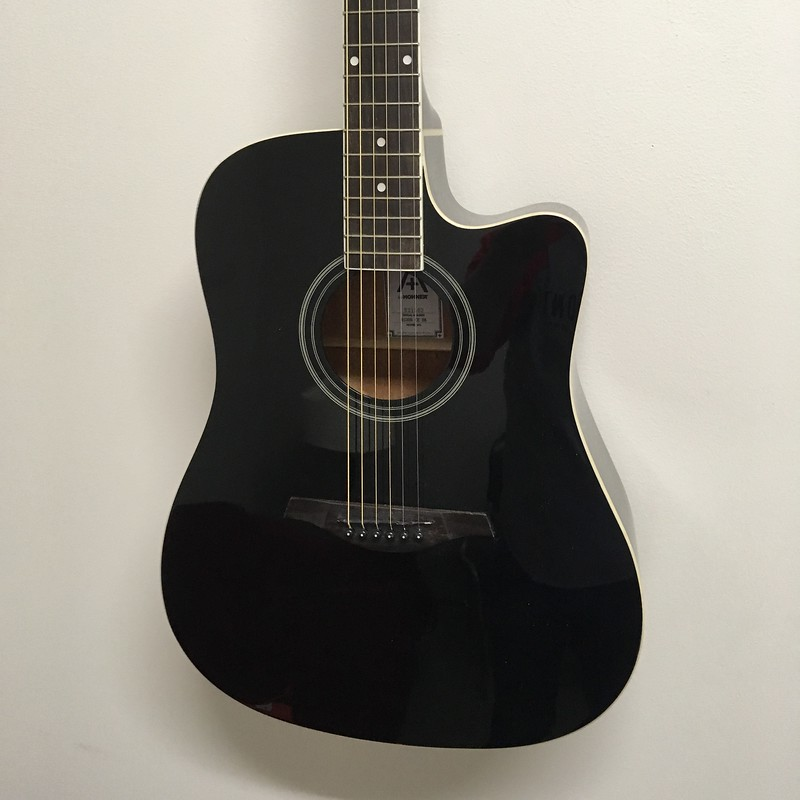 Hohner A+ Dreadnought Guitar Cutaway A/E Black