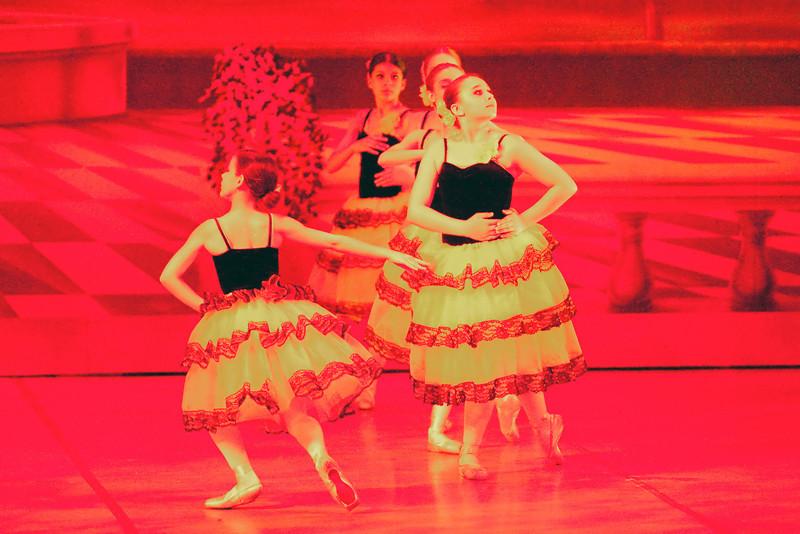 livie_dance_051714_06.jpg