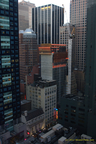 Three floors had been built since reaching the first setback on floor 27 (by my count) when these photos were taken on Tuesday, 3/20. Hyatt Times Square, 135 West 45th Street - 03/20/2012 (DSLR)
