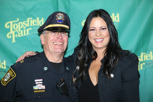 Sara Evans Meet and Greet