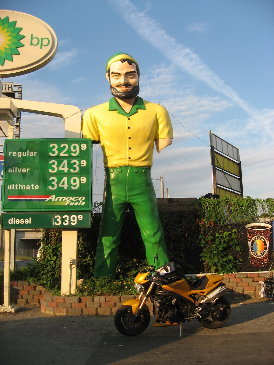 elmsford new york bp bunyan muffler man no arms - triumph speed triple motorcycle