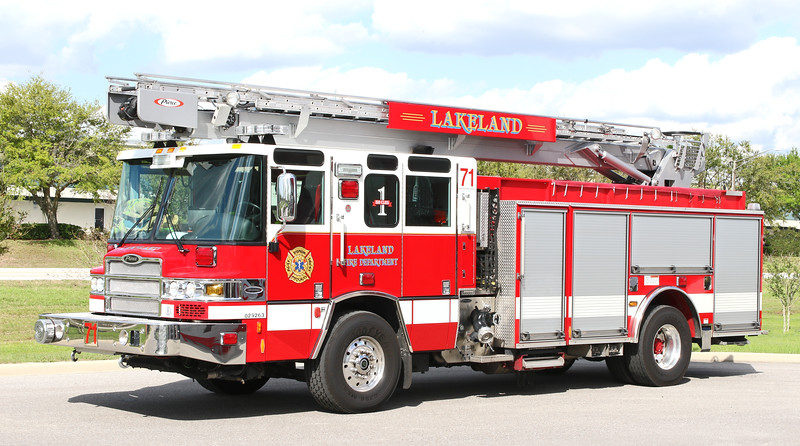 Engine 71   2013 Pierce Quantum PUC   1500 / 500 / 55' Sky Boom
