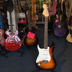 Used Squire Affinity Lefty Electric Guitar SB