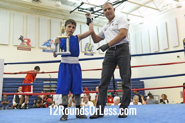 Bout #10:  Jesse Urbina, Blue Gloves   vs   Juan Jaurequi, Red Gloves  -  70 Lbs.