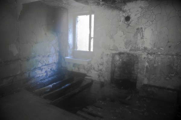 La maison du moulin industriel en ruine