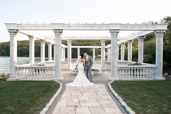 Julie & Nick's Fairytale Grand View Wedding