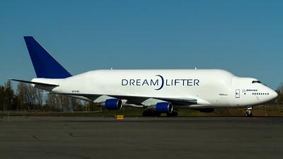 747-400LCF