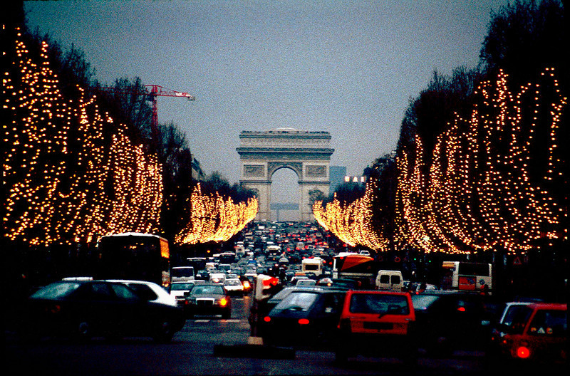 Champs Elysee in the Christmas spirit