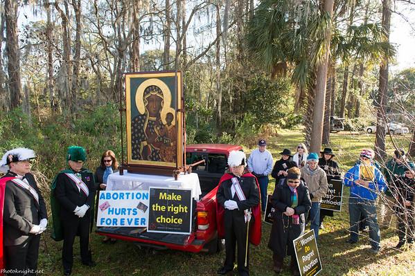 Prayer Vigil Behind Florida Women's Center