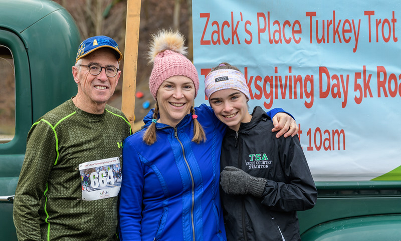 2019 Zack's Place Turkey Trot -_8507780.jpg