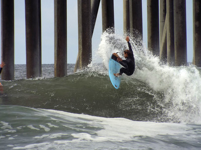 4/17/20 * DAILY SURFING PHOTOS * H.B. PIER