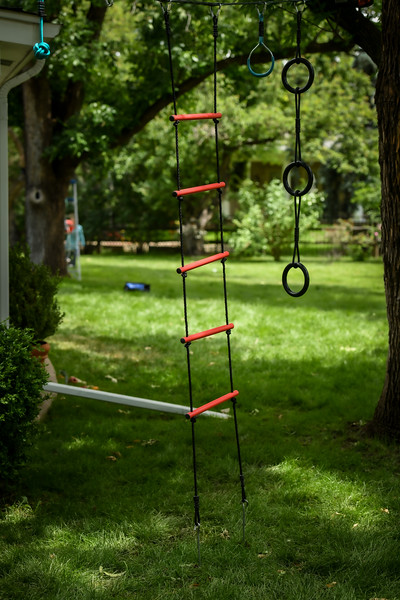 7ft Metal Rope Ladder with ground stakes