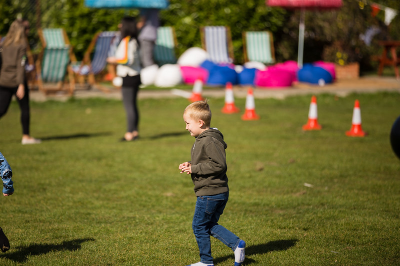 bensavellphotography_lloyds_clinical_homecare_family_fun_day_event_photography (197 of 405).jpg
