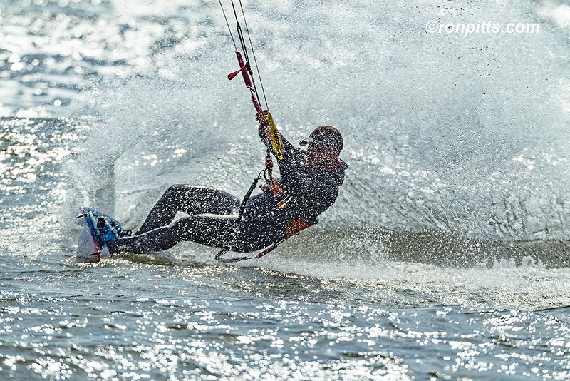 sm kite surfer_M4D2089.jpg