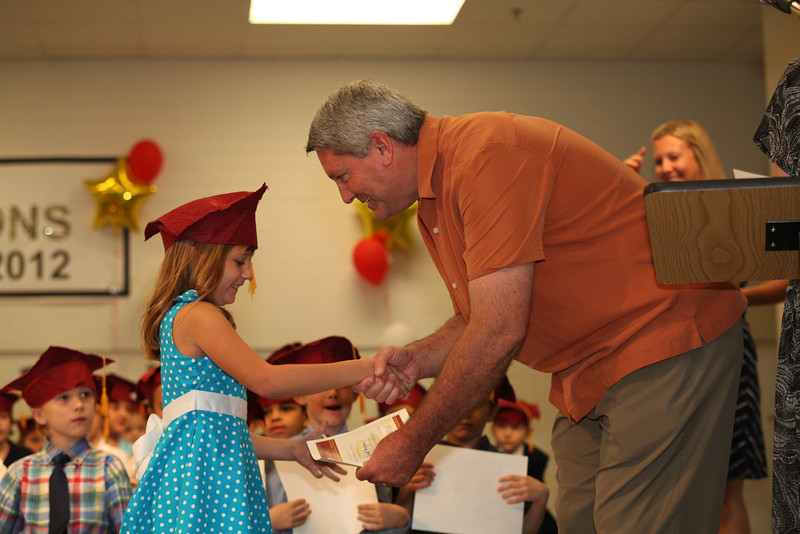 2012May18_MTA Kinder Grad_9740.JPG