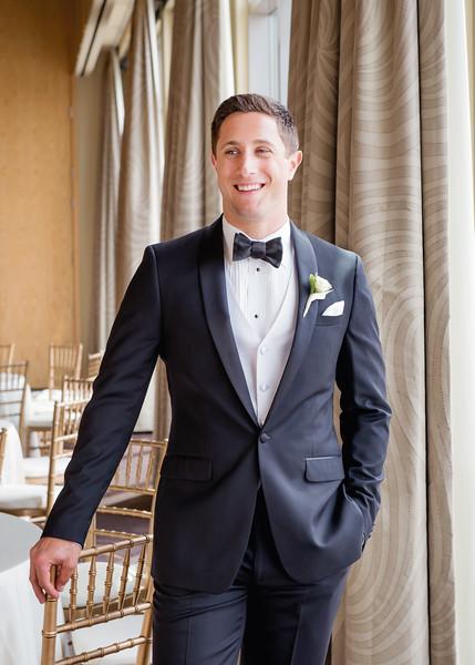 Four-seasons-hotel-downtown-seattle-wedding-photos-carol-harrold-photography-16.jpg